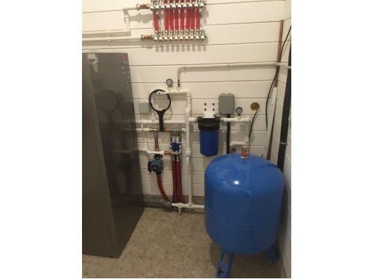 """Отопление системой """"теплый пол"""" и водоснабжение из скважины в с.Колатсельга"""